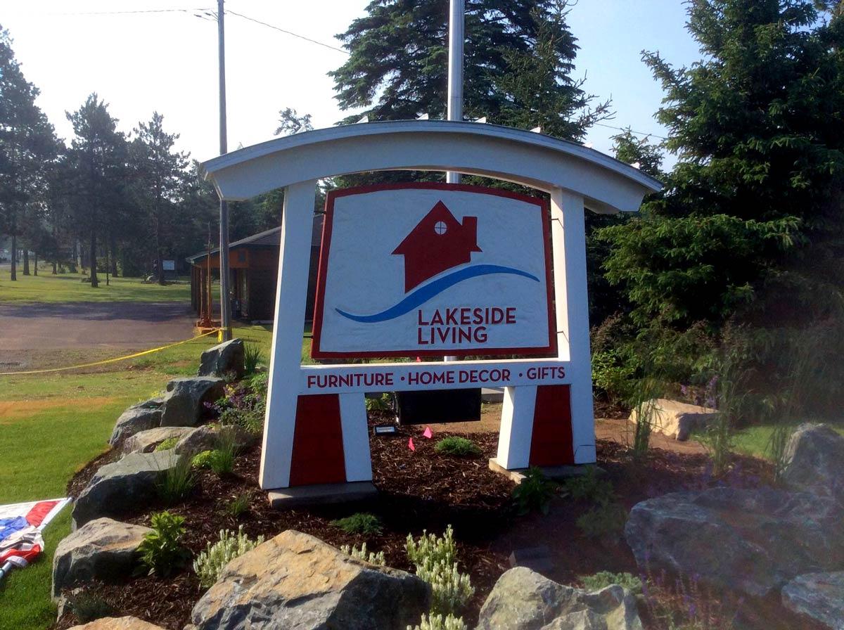 Lakeside Living Design Sign
