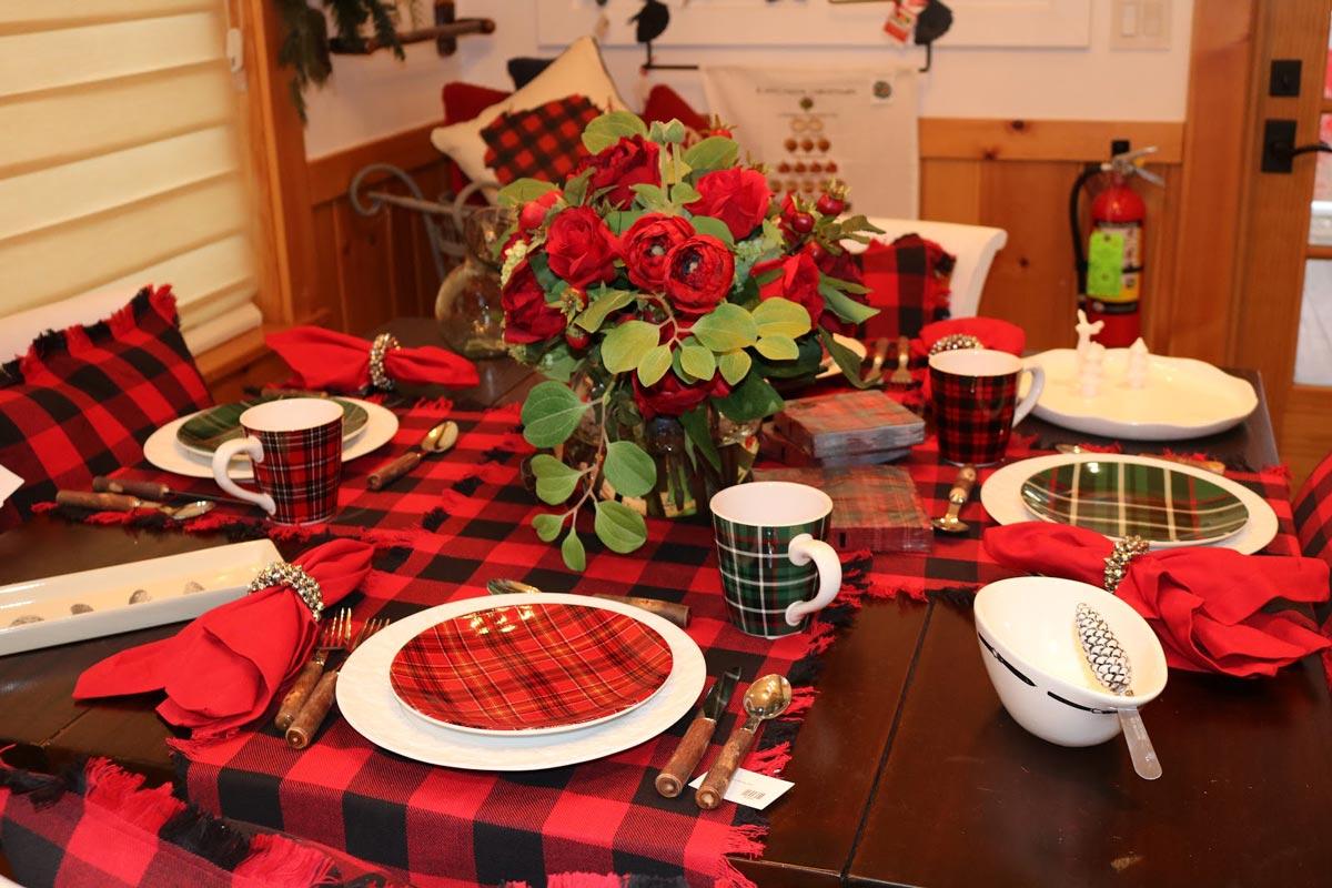 Lakeside Living Christmas Table Setting
