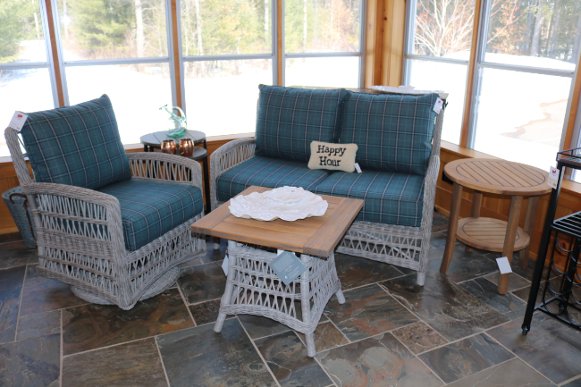 lakeside-living-design-outdoor-furniture-54545-store-durable-cabin